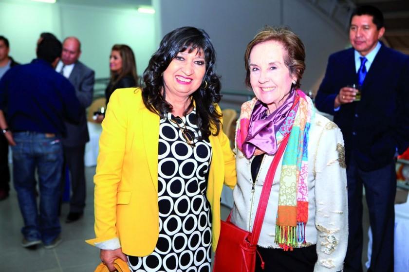 María Teresa Dalenz, Presidenta de la Fexpo y Juana María Román, Presidenta de la Fundación Amazonía de España.