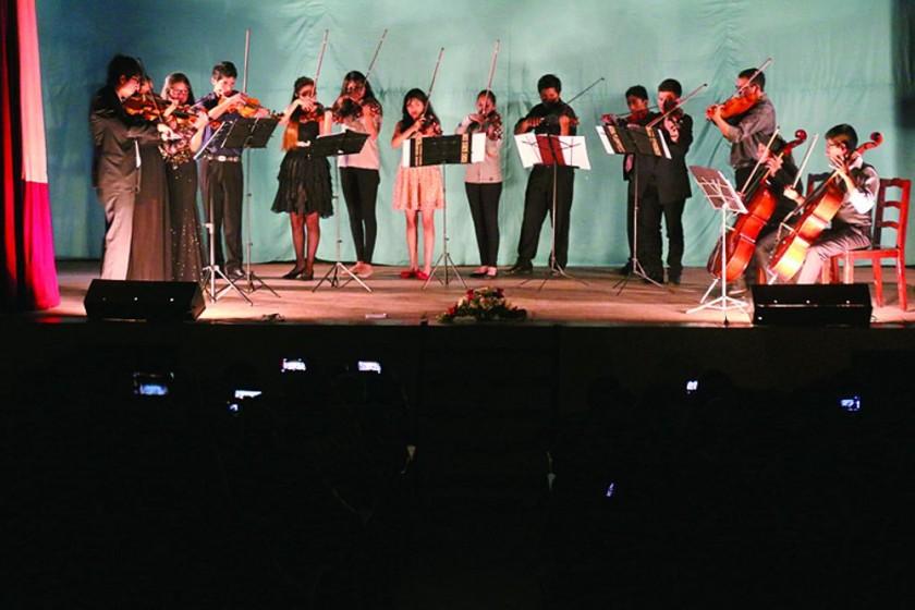 CONCIERTO. La audiencia premió con un aplauso cerrado la velada dedicada a la música académica para cuerdas.