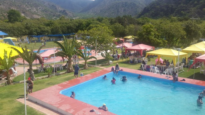 Complejo recreacional Valle Tropical