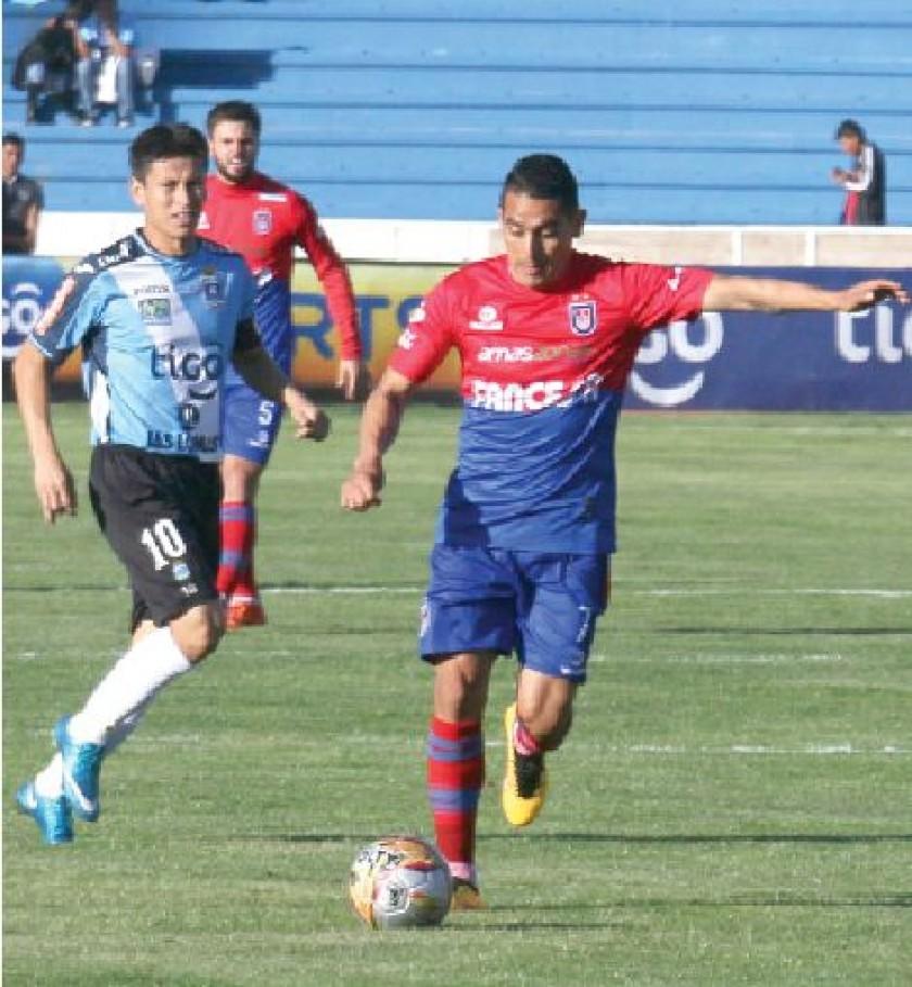 El argentino Alexis Bravo fue el conductor del equipo capitalino en el partido de ayer.