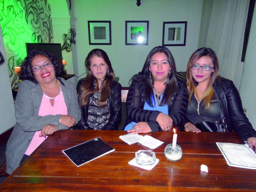 Gabriela Salamanca, Claudia Espíndola, Luz Serrano y Ximena Serrano.