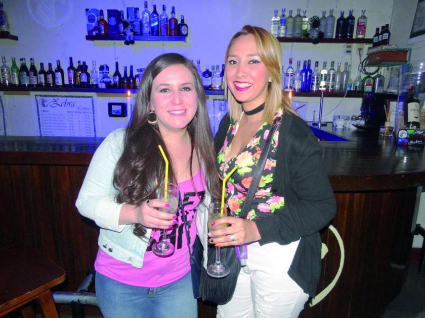 Fátima Núñez y Cecilia López.