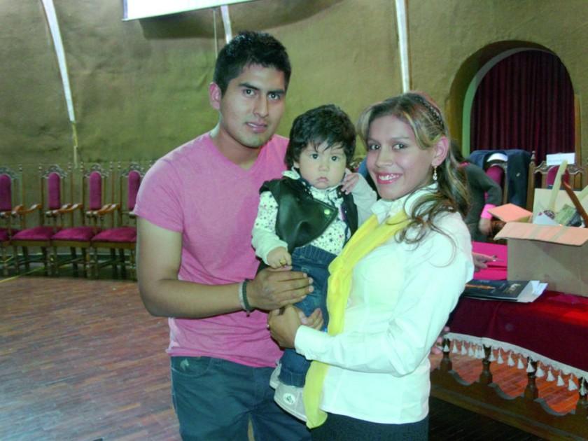 Saddy Morales, Josué Morales y Belén Cuele