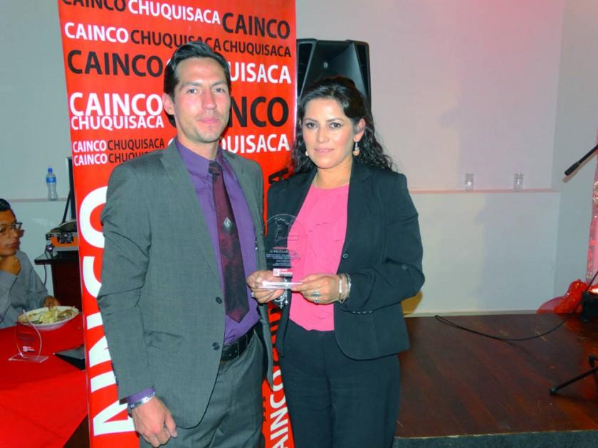 Jonathan Hoffman y Mónica Azurduy, Bibliocafé Classic.