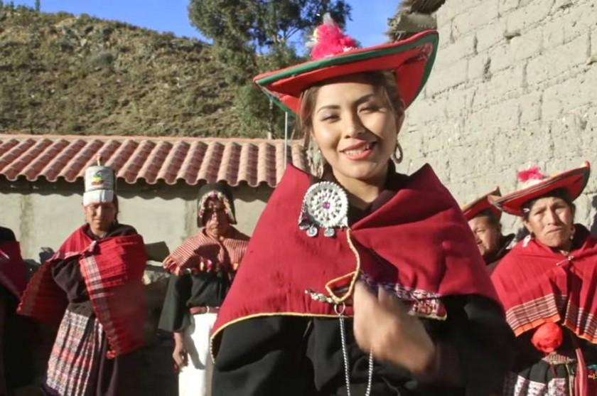 Yarita Lizeth Yanarico en la población de Pisili en el municipio de Tarabuco. Foto: Captura de video