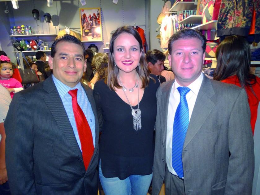 Ramiro Portillo, Mariana Delgadillo y Luís Ríos.