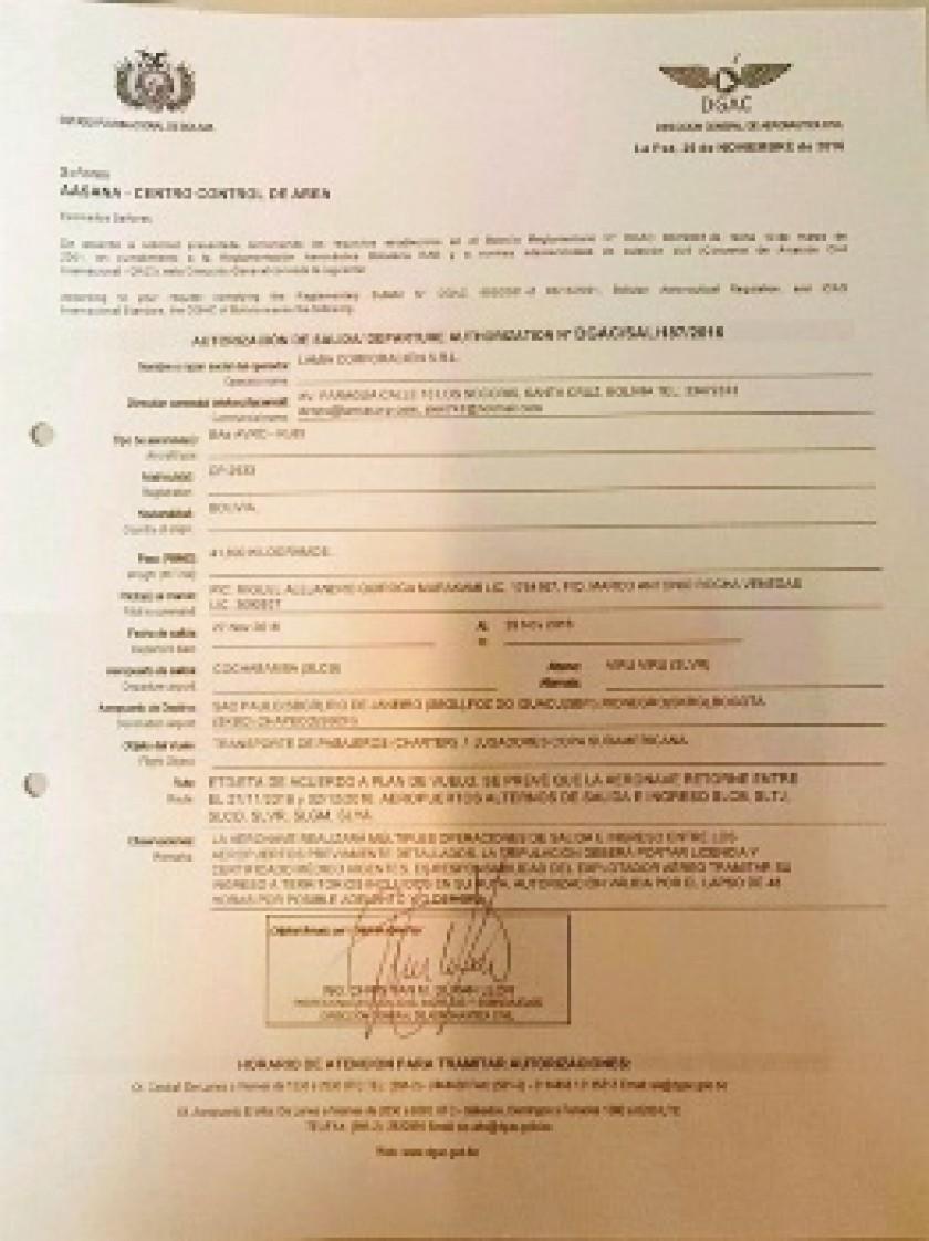REVELADOR. Una imagen del documento que muestra la autorización para el vuelo de LaMia.