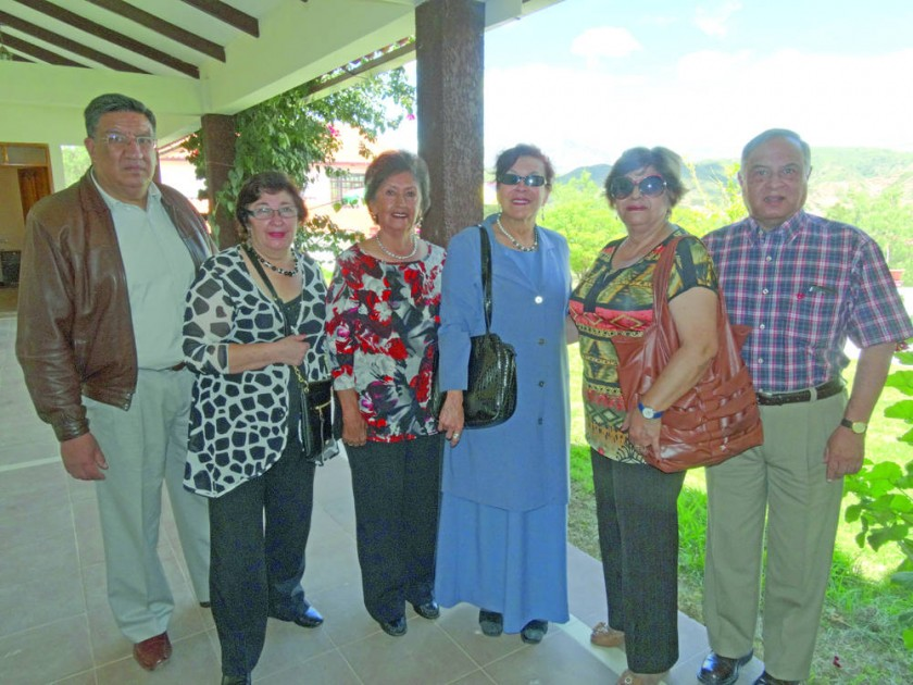 Pablo Caballero, Teresa De Rivera, Graciela de Rivera, América Cuellar, Norma Vera de Morales y Renato Nava Morales.