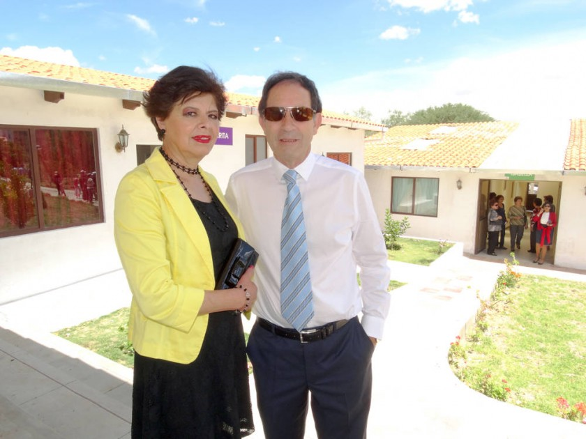 Ruth de Rojas y Luís Rojas.