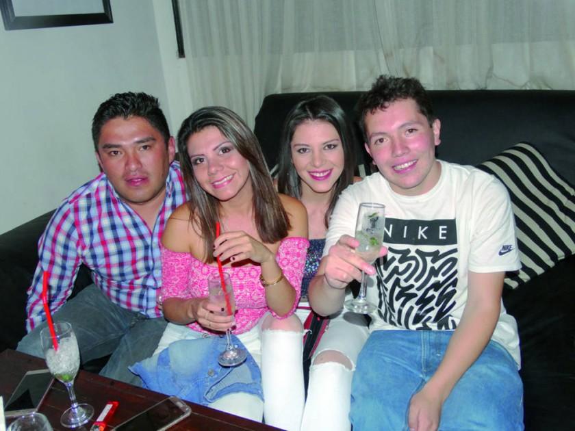 Alfredo Zenteno, Rocío Villarroel, Estefany Quiroga y Cristian Careaga.