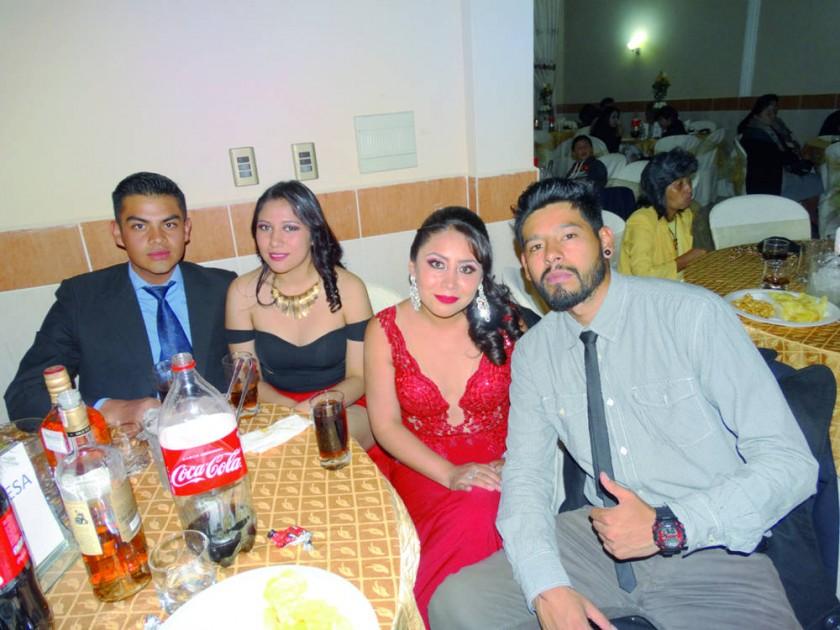 Ramiro Moscoso, Lourdes Lenis, Wanda Medinaceli y Fernando Zurita.