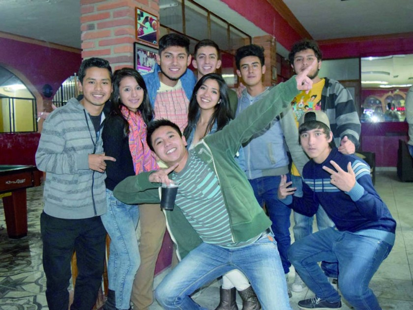 Jason, Marcela, Rodrigo, Brian, Yerin, Mauricio, Paola, Luís y Pablo.