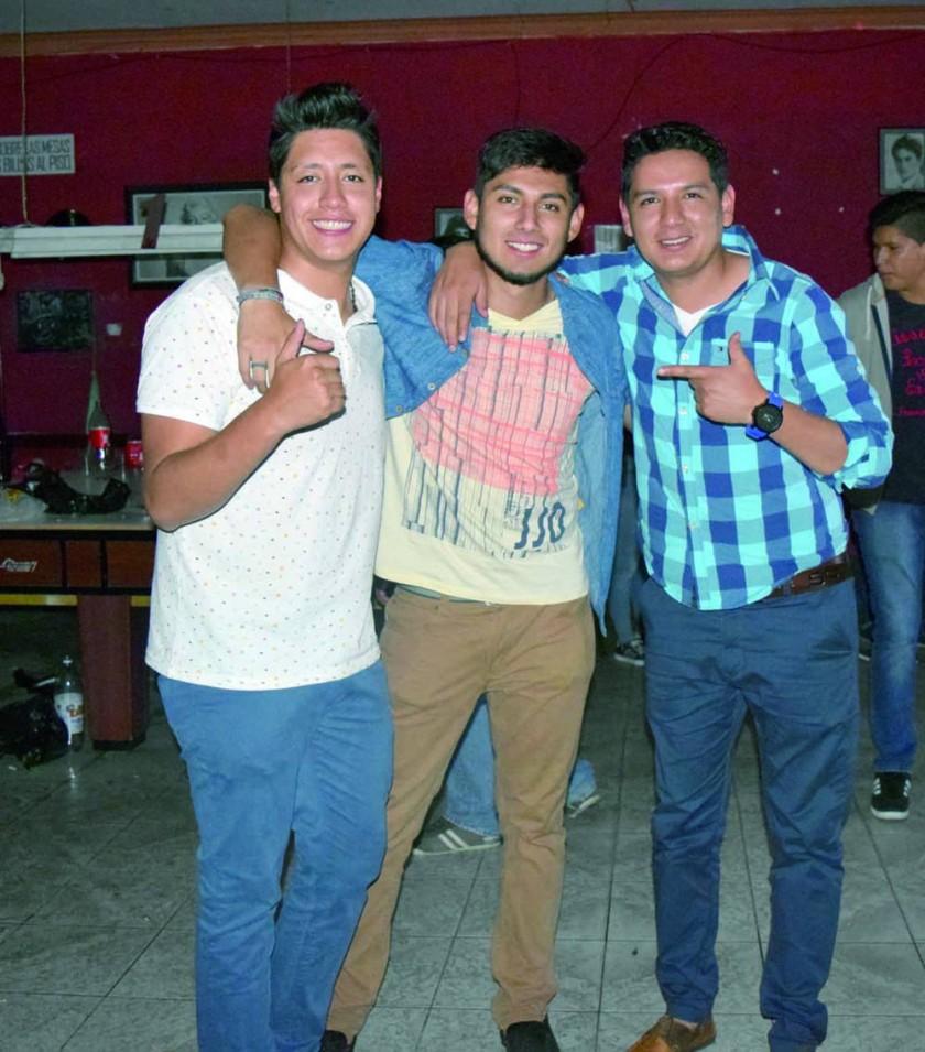 Ricky, Rodrigo y Gustavo.