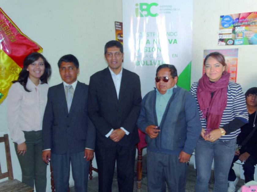 Marilia Mita, David Cutipa, Edwin Martínez, Filemón Choque y Cinthia Medrano.