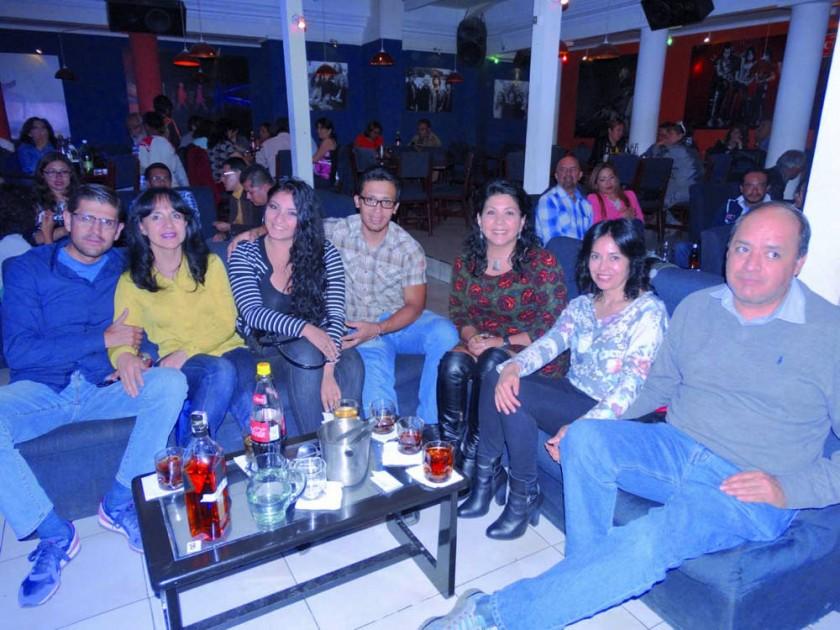 Franco Bohórquez, Ximena Ortiz, Cecilia Sahonero, Rodrigo Navarro, Martha Campuzano, Maricela Ortiz y Jorge Zamora.