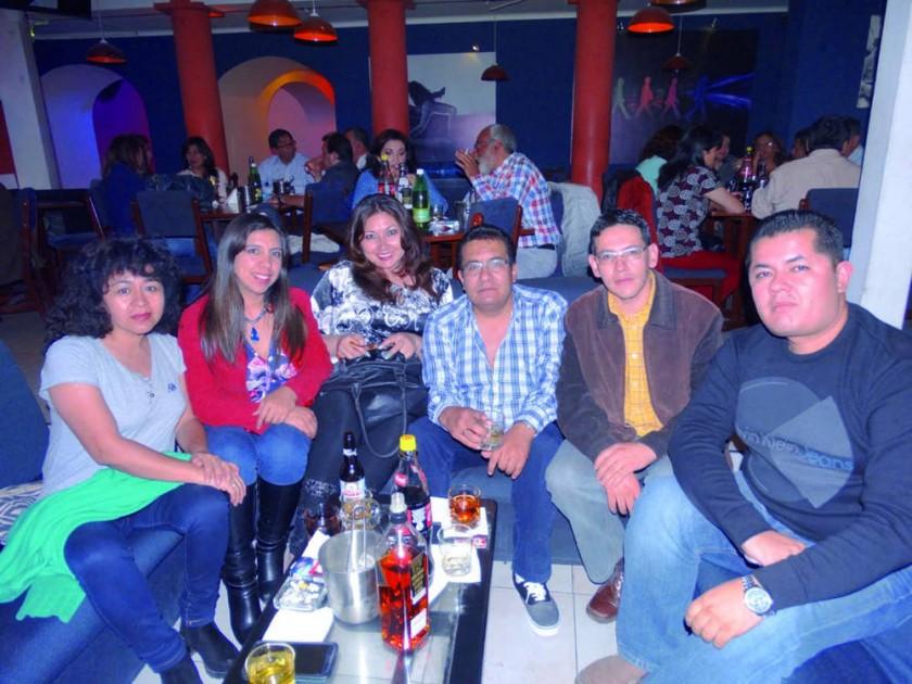 Zulma Rojo, Cristina Ruíz, Johana Meleán, Igor Zárate, Dhery Prieto y Erlan Dávalos.