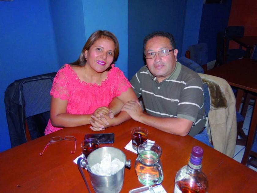 Eliana Torres de Loaiza y Rolando Loaiza.