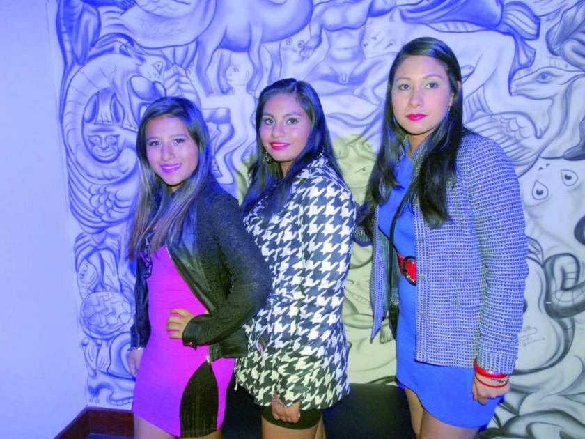 Nataly Palacios, Laura Alarcón y Ximena Alarcón