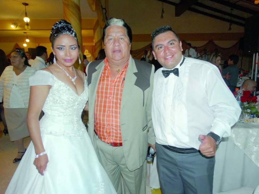 Consuelo Romero, Moisés Torres Ramírez  y Orlando Flores