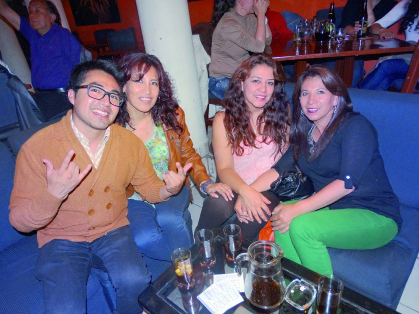 Rodrigo, Silvia, Vicky y Nilse.