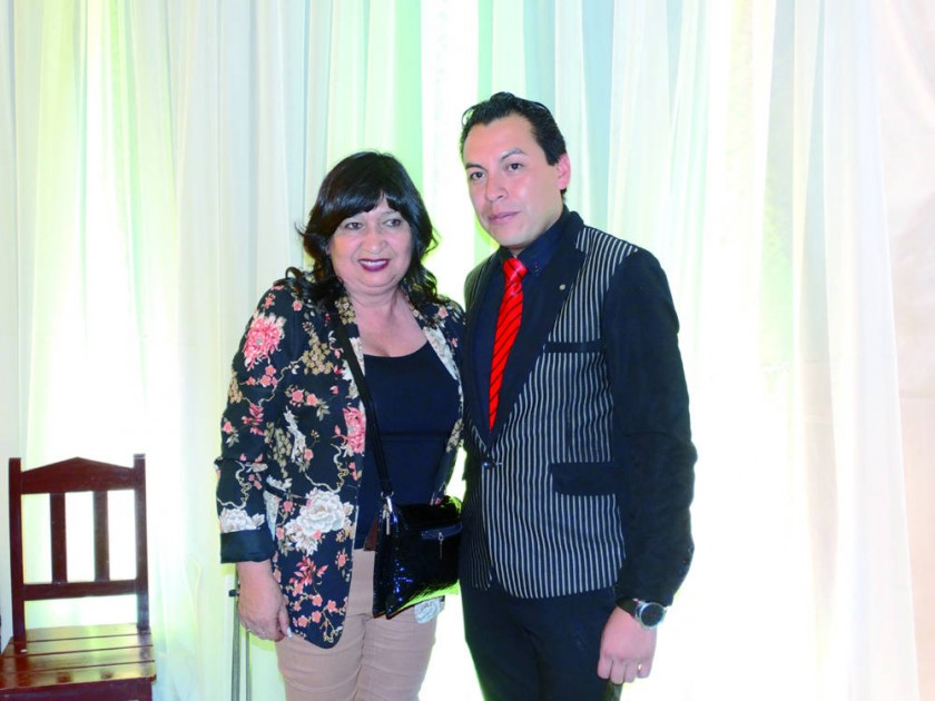 María Teresa Dalenz y Edson Gil.