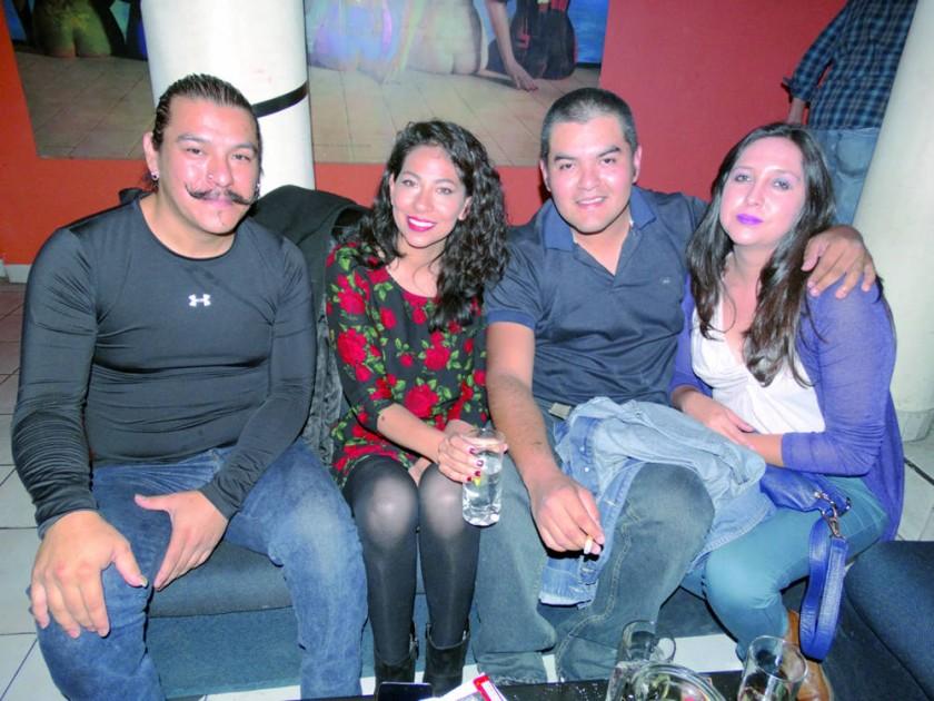 Harold Beizaga, Daniela Nava, Ramiro Castellón y Fernanda Cortez.