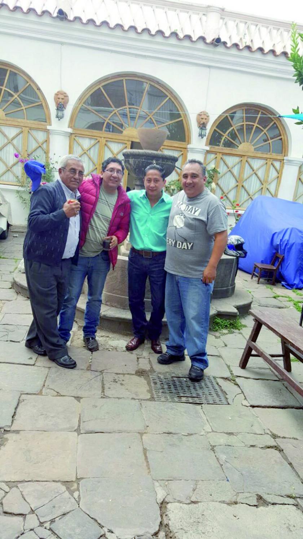 Prof. Alfredo Zárate, Yuvert Donoso, José Luis Ruelas y José Luis Assaf..