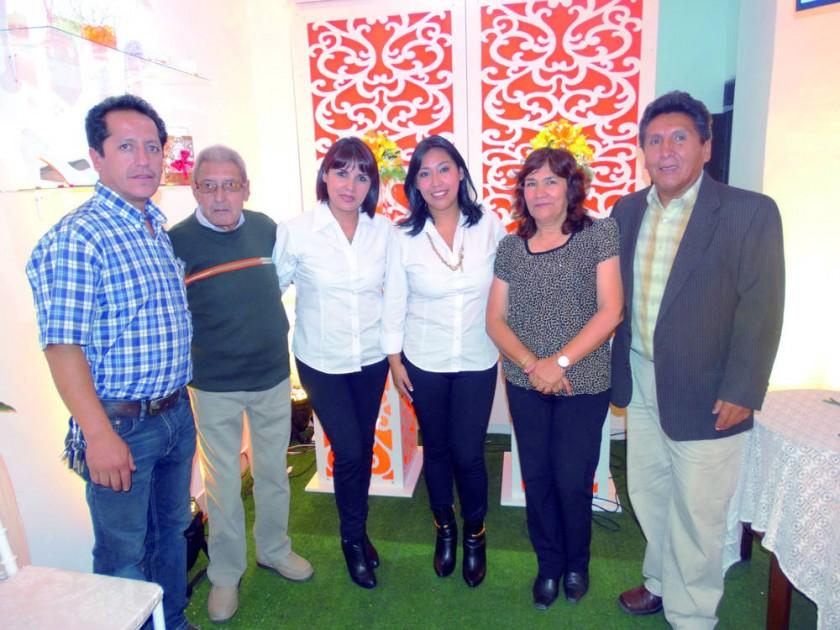 Freddy Muñoz, Roberto López, Mariana López, Ivana Escalante, Margarita Sossa  y Carlos Escalante.