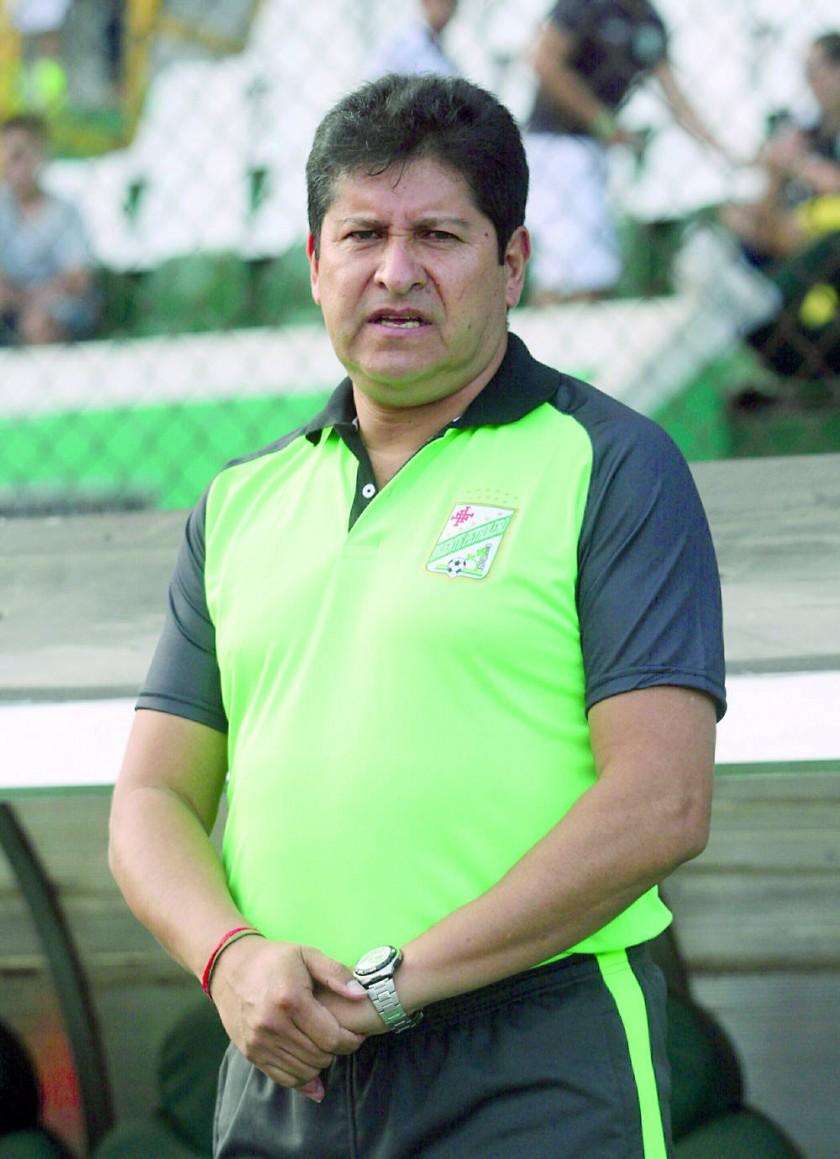 Eduardo Villegas hizo su debut en el banco refinero.