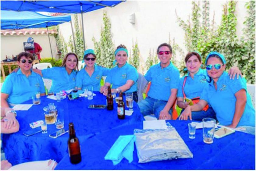 Claudia Estrada, Rosa Careaga, Orieta Durandal, Virginia Careaga, Mílton Careaga, Marina y Mariana Dacosta.