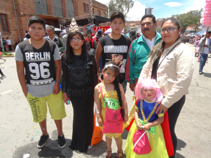 Familia Espada Flores.