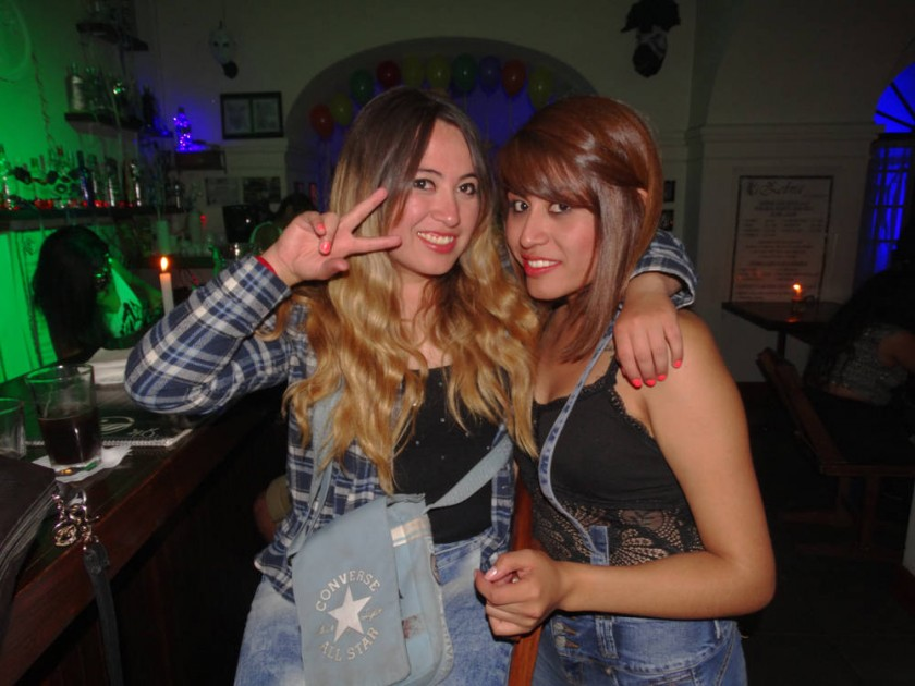 Andrea y  Alejandra Bayo.