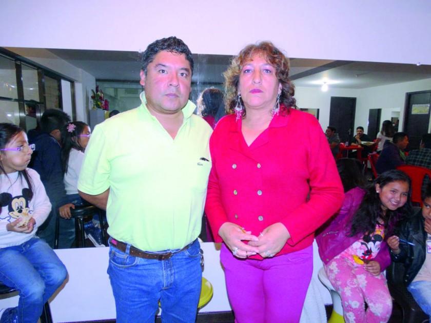 Miguel Achucarro y Rosemary Montoya.