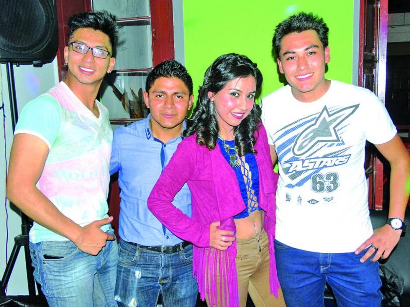 Alejandro Sánchez, Miguel Cordoba, Anabel Cabrera  y Cristian Loayza.
