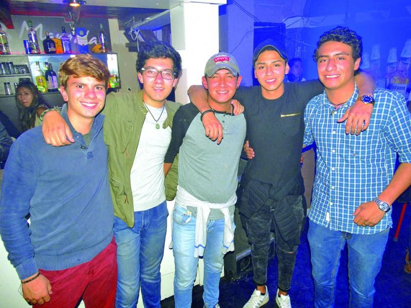 Alexandre Ribonnetm, Santiago Wilson, Alfonso Avilés, Danny Guzmán y Esteban Suárez.