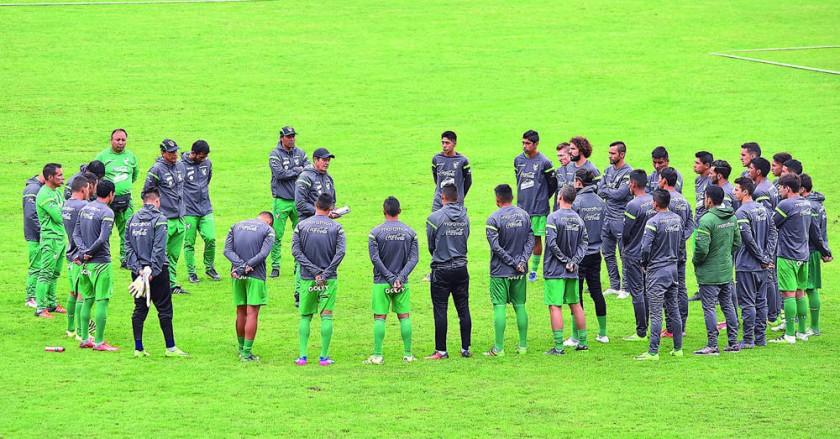 Hoy, en Colombia, comienza la era de Mauricio Soria como director técnico de la selección boliviana de fútbol.
