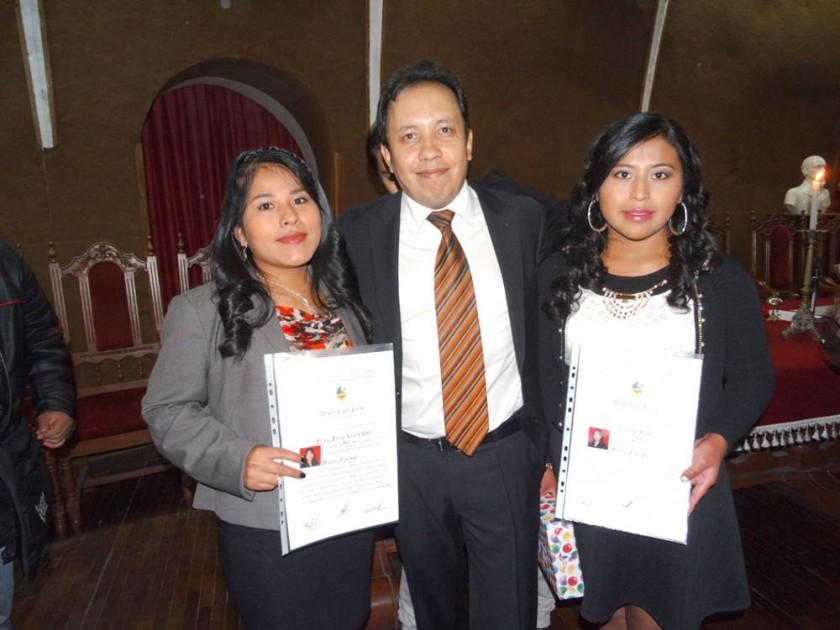 Sirlene Gareca, Enrique Díaz y Gladys Ramos.