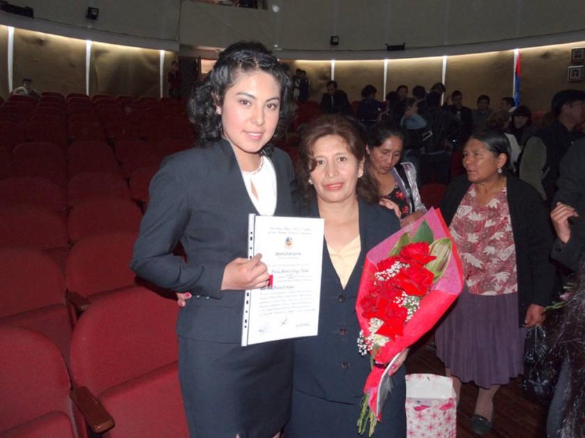 Aracely Colque y Patricia Martha Gertz.
