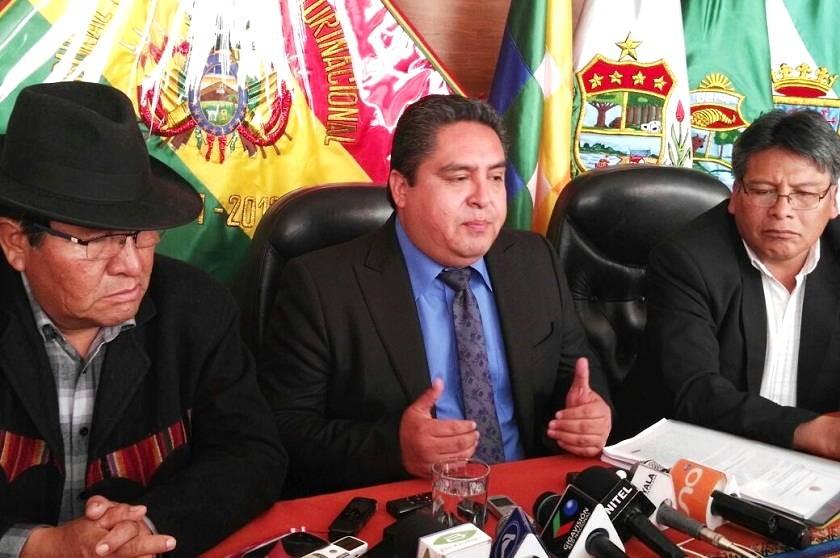 Los magistrados del TCP durante la conferencia de prensa de hoy, viernes. Foto: CORREO DEL SUR