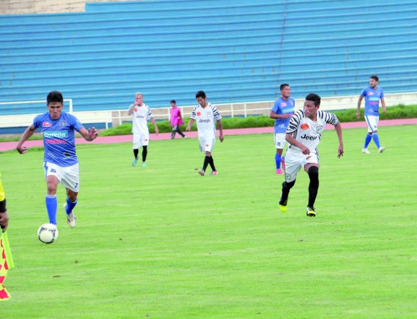 El Decano se impuso a Atlético Sucre en el duelo de equipos invictos, que ayer abrió la segunda jornada del...