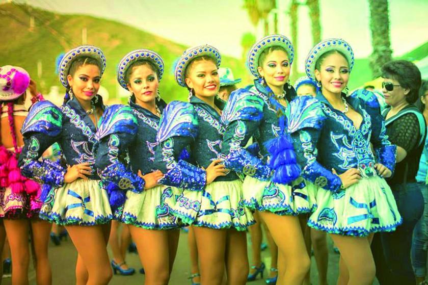 """Grupo de """"Chinas"""" San Simón."""