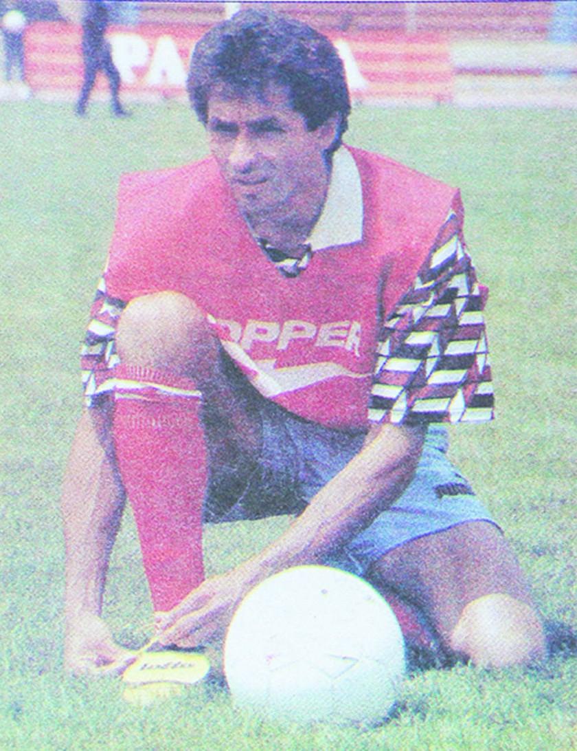 """MAURO BLANCO, EL """"10"""" REFINERO"""