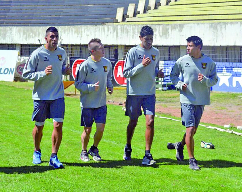Los jugadores atigrados llegan al partido por la Copa luego de golear a Blooming, el anterior viernes.