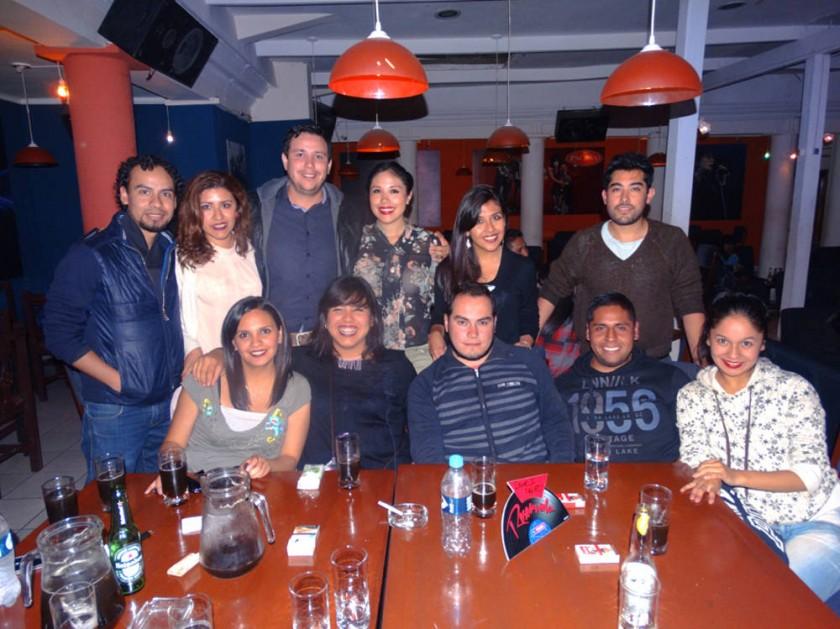 Carolina Gutiérrez festejó su cumpleaños junto con sus amigos.