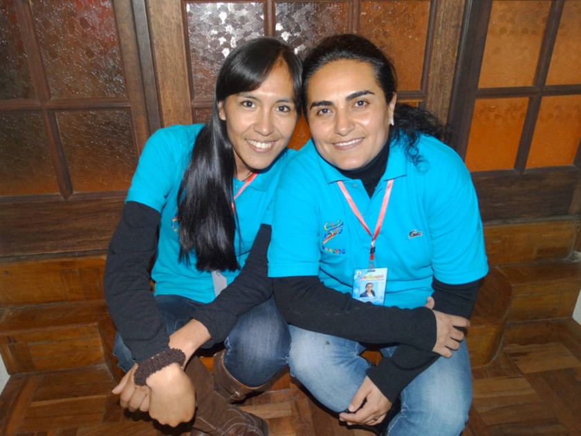 Esperanza Mamani y Verónica Jadue.