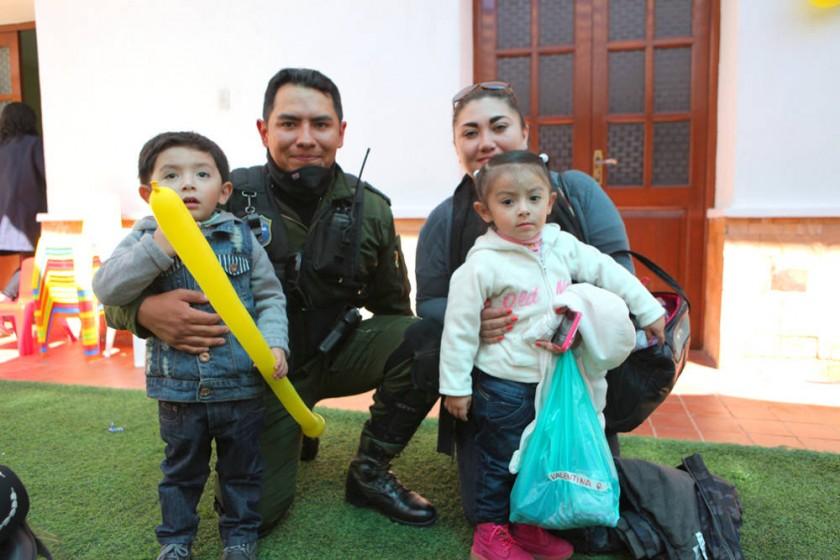 Mauricio Quiñonez (Hijo) Mauricio Quiñonez, Valentina Quiñonez y Eliana Coronado.