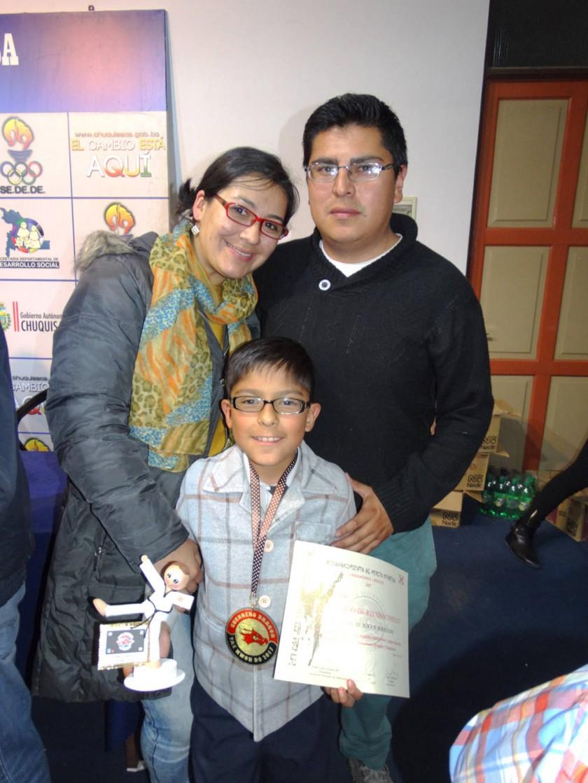 Evelyn Manzano, Nicolás Nava  y Fernando Nava.