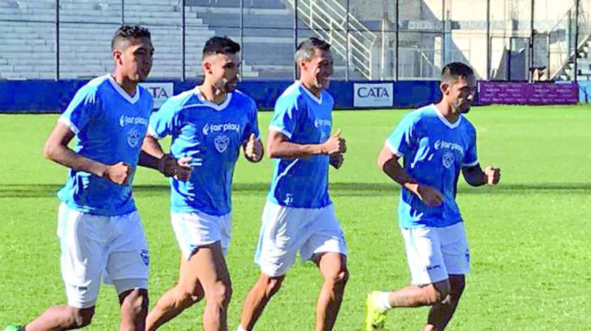 El equipo warneño entrenó en tierras argentinas.