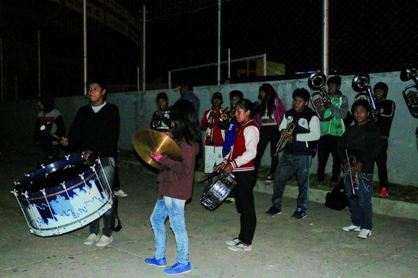Los delegaciones chuquisaqueñas se ausentaron ayer a Tarija y Oruro.