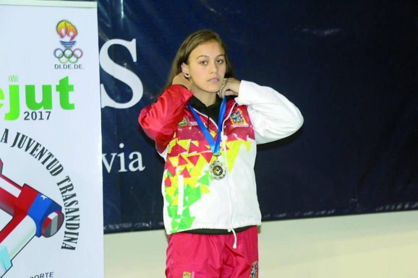 La chuquisaqueña Isabel Caballero conquistó la primera presea dorada para la región.